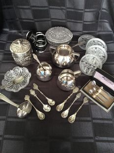 Nice silver plated cream set by Gero and other silver plated items and crystal bowls.