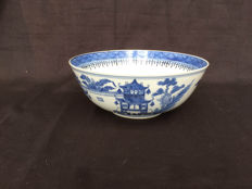 Porcelain bowl - China - 19th century