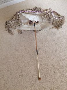 Ladies parasol with Ivory handle. France, 2nd half of the 19th century