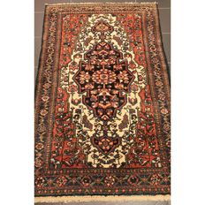 Rare beautiful antique from 1930 – hand-knotted Persian carpet – Bachtiar – plant dyes – 210 x 315 cm – very good condition
