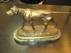 "Hunting dog in bronze on marble base signed ""Moigniez"""