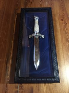 "Vintage Franklin Mint ""THE VIKING KNIFE"" 1988"