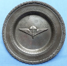 Belgian Commando Pewter Dish - Marche Les Dames Training Centre