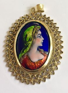 "Gold pendant with female portrait in enamel  ""Email D""Art"""
