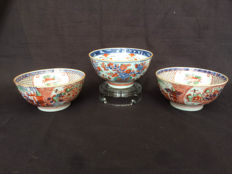 Lot porcelain Chinese bowls, 18th century.