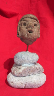 Great pre-Columbian head - 5 cm