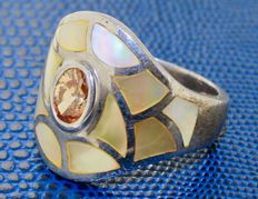 925 silver ring inlaid with citrine and enamel – Ring size: 17.75