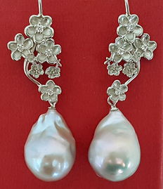925 sterling silver earrings, freshwater cultured baroque pearls,  50 x 13 mm