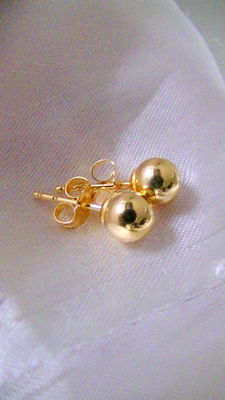 Stud earrings - 18 kt / 750 gold beads, diameter approx. 0.6 cm