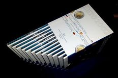 Europe - Box with 12 Euro-sets from Banque Central du Luxembourg 2002