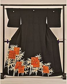 "Antique, silk kimono, model Tomosode "" Bamboo with Cranes and Flowers"" – Japan – first half of the 20th century"