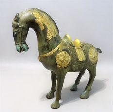 """Bronze horse, inspired by the """"Tang period"""" – China – late 20th century"""