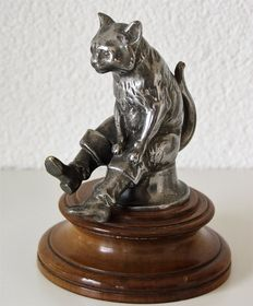 "Very rare car mascot ""Puss in Boots"" Ca 1920"