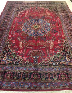 Persian Mashad carpet, 343 x 250 cm