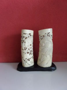 Lot with two ivory brush jars – Japan – around 1900