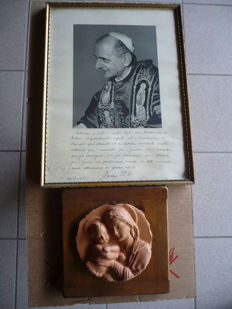 Picture of Pope Paul VI, with dedication - high-relief terracotta plaque