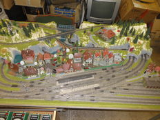 "Fleischmann/Wiking/Vollmer/Noch N – ready-to-go model track ""Baden-Baden"" completely occupied: 25 electric switches, 1 turntable, 10 signals and lots more"