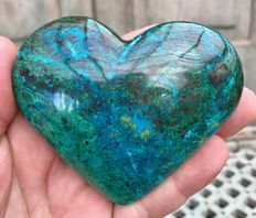 Highly polished Chrysocolla heart - 9.2 x 7.9 x 3 cm - 310gm