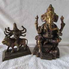 Two bronze statues of Ganesha and Durga - India - late 20th century