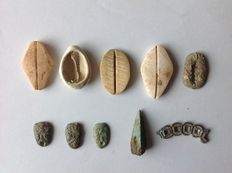 Ancient Orient – China  Lot of 10 shapes of AE pseudo money, approx. 1100 BC - 220 BC Zhoudynastie.