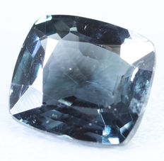 Blue Spinel 1.55 ct - No Reserve price