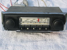 SENATOR TI AR 204 classic car radio produce by Philips - 12V - min mass - 1960s