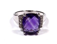 Beautiful 925 silver ring with amethyst