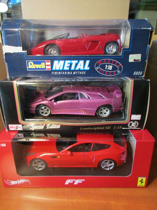 Revell / Maisto / Hot Wheels - Scale 1/18  - Lot with 3 Italian models: 2 x Ferrari & 1 x Lamborghini