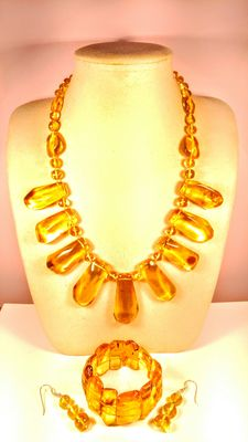 Genuine Baltic Amber lemon honey colour set: necklace, bracelet and earrings, 112 grams