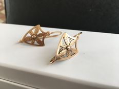 Vintage women's earrings made from 9 kt gold
