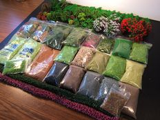 Scenery N - Package with 80 trees, 19 baggies scatter material, hedges and 4 baggies of Icelandic moss