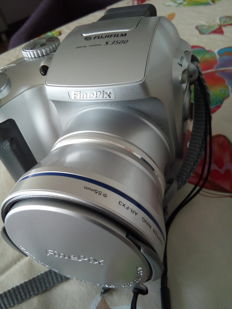 Fujifilm FINEPIX S3500 silver edition with adapter ring AR-FX3