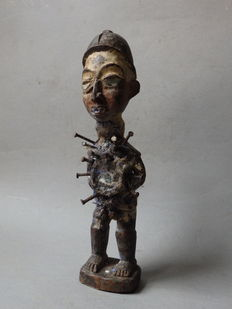 African NKISI nail statue, fetish, VOODOO - Yombe - D.R. Congo