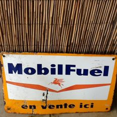 "Reclamebord in emaille Mobil Fuel jaren ""60"