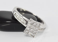 0.79 ct diamond cluster ring in 18 kt white gold - Size 51.2 / 16.3 mm ** no reserve **