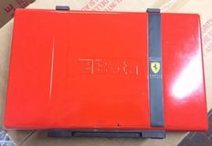 Official Ferrari tool box - 2010