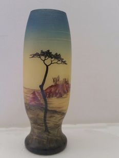 Henry Martin - Vase made of hand-painted glass