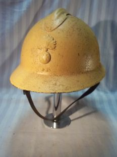 French helmet model 1926 colonial, Legion Etrangere, with tropics internals.