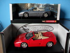 Hot Wheels - Scale 1/18 - Lot with 2 x Ferrari F355 Spiders