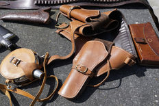 Western belts and holsters