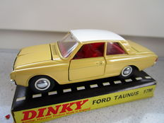 Dinky Toys - Schaal 1/43 - Ford Taunus 17M No.154