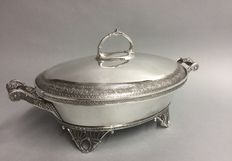 Impressive silver plated serving tray with lid on twisted feet, Quadrupple Plate, U.S.A, ca. 1890