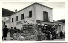 Stores that sell picture postcards 65 x-Cards Mills (sometimes small sometimes larger in picture)-1900/1960