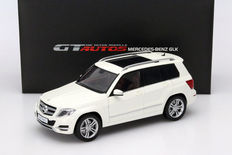 Welly GT Autos - Scale 1/18 - Mercedes-Benz GLK