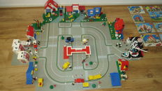 Classic Town - 11 sets including 6349 + 6380 - Vacation House + Emergency Treatment Center