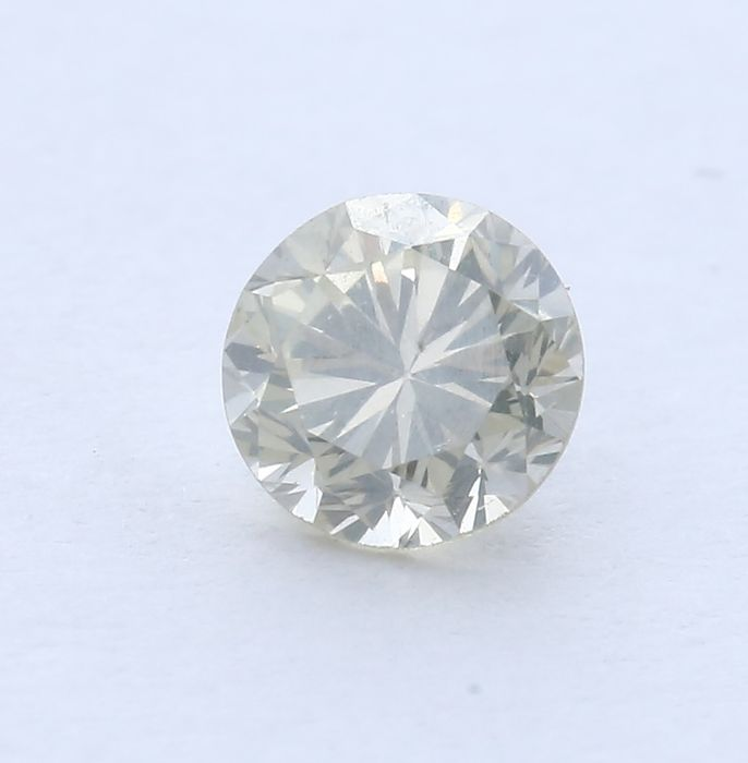 0.59 ct. Round Brilliant Natural Diamond - Q-R -  I1 - no reserve price
