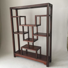 Symmetrical wooden display cabinet (high 61 cm), late 20th century