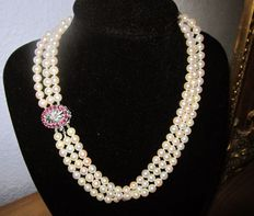 3-row Japanese Akoya pearl necklace, large clasp made of 750 white gold with rubies and diamond!