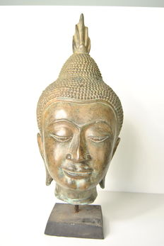 Large bronze Buddha head – Thailand – late 20th century