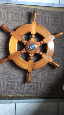 Maritime Steering Wheel with Compass - wood